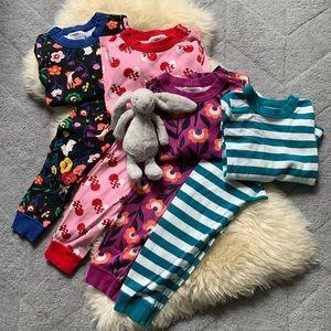 Bundle of Hanna Andersson pajamas